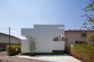 立体市松壁の家